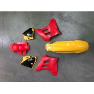 ORIGINAL PLASTIC KIT GAS GAS EC125-200-250-300 - 2000-2006 YELLOW/RED WITHOUT GRAPHICS